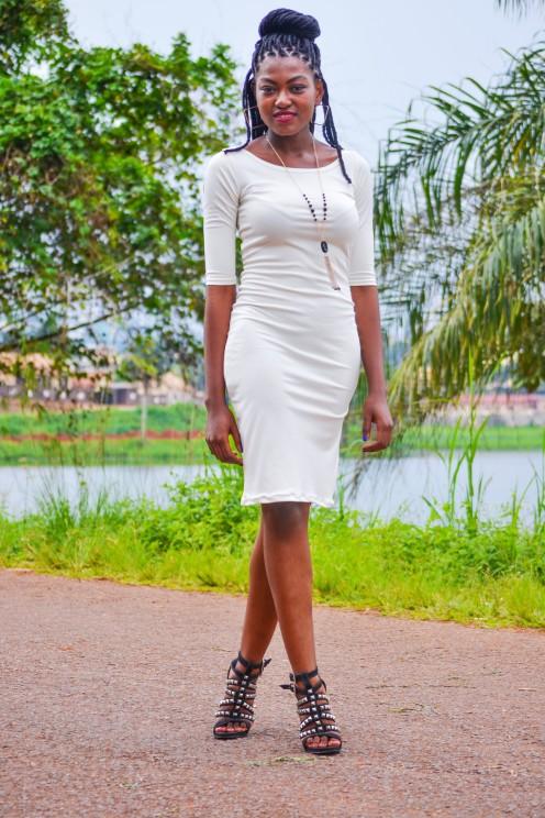 robe-droite-blanche-1