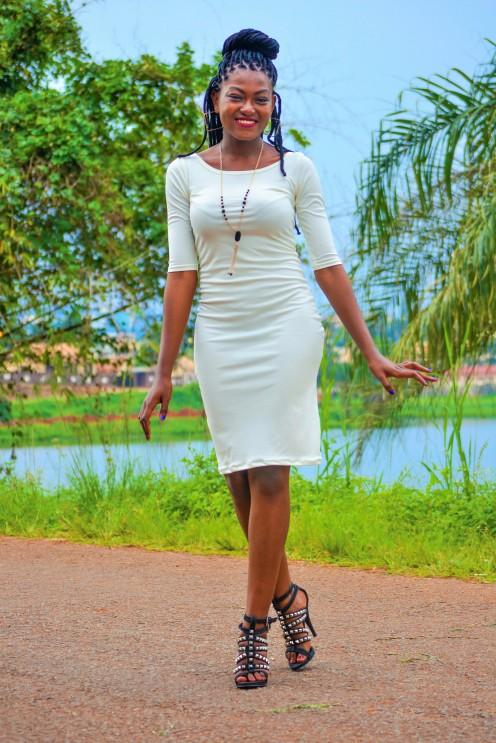 robe-droite-blanche